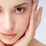 نقش پاک کردن آرایش در مراقبت از پوست
